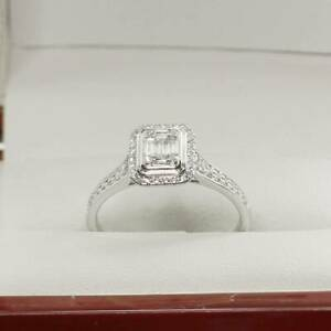Vintage Times Lovely 9ct White Gold Baguette Diamond Engagement Ring