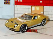 1966-73 LAMBORGHINI MIURA P400S SUPER CAR 1/64 REPLICA DIORAMA DIECAST MODEL A3
