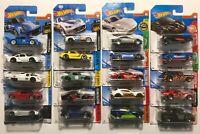 Hot Wheels x 20 – Lamborghini Porsche McLaren Aston Mazda Nissan Renault Camaro