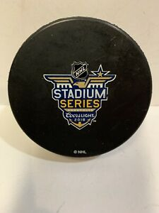 GAME USED GOAL PUCK PRACTICE USED STADIUM SERIES ANNAPOLIS TORONTO MAPLE LEAFS