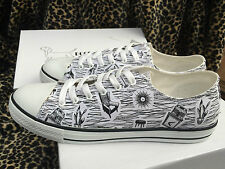 Vintage Homemaker Rockabilly Retro print Sneakers by Doghouse Vintage size 9