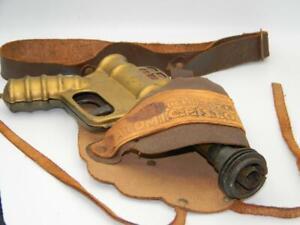 Buck Rogers 25th Century Atomic Pistol w/Original Holster Working Trigger