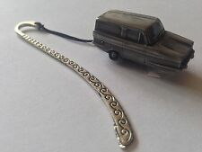 Reliant Regal Super Van ref205 FULL CAR on a Pattern bookmark with cord