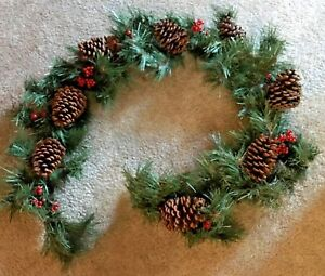 """Holiday Inspirations Pine w/Pinecones & Berries 72"""" Garland - NEW"""