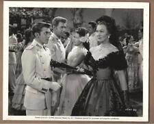 """Jean-Pierre Aumont, Yvonne DeCarlo in """"Song of Scheherazade"""" Vintage Movie Stil"""
