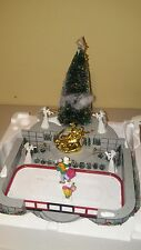 Dept 56 VILLAGE ANIMATED ROCKEFELLER PLAZA SKATING RINK Christmas in the City