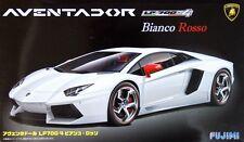 Fujimi RS 125640 Lamborghini Aventador LP700-4 Bianco Rosso 1/24 scale kit