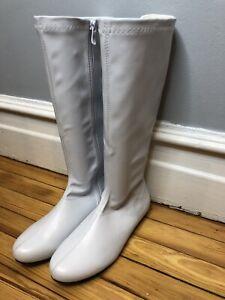 Women's Go Go Boots Knee Hi White Sz 10 EUC