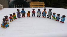 LOT DE 14 FIGURINES PETIT OURS BRUN ET SA FAMILLE, DANIELE BOUR 2004