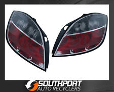 HOLDEN ASTRA TAIL LIGHTS LAMPS SUIT 5DR HATCH BACK AH 2004 ON TINTED *NEW PAIR*