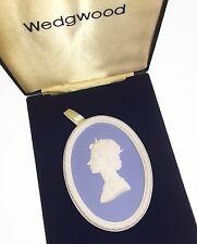 Wedgwood Jasperware Queen Elizabeth II Royal Silver Wedding Plaque (plaque #1)