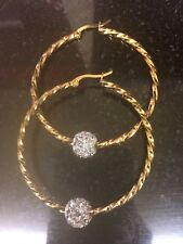 Acero Inoxidable Oro Plateado 50mm bola de cristal/Estrás Retorcido pendiente Hoop