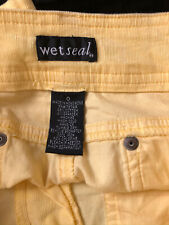 Women Wet Seal Shorts Size 0 Yellow