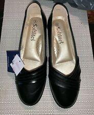BNWT Softlites Size 8 Black Pump Shoe