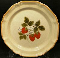 "Mikasa Strawberry Festival Dinner Plate 10 3/4"" EB 801 Excellent"
