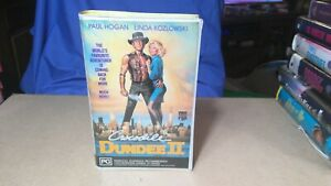 Crocodile Dundee II . VHS Movie. Clamshell. *NOT Ex-Rental.*