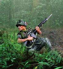 COLLECTORS SHOWCASE VIETNAM WAR CS00949 U.S. MARINE FORWARD OBSERVER MIB