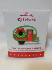 2015 Hallmark Ornament Miniature Cozy Birdhouse Camper B46