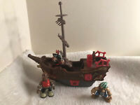 PIRATE SHIP RIGGING MAST PLAY FIGURES SOUNDS BUTTON STEERING WHEEL