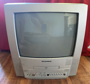 """VINTAGE SYLVANIA Tv 6513DF 13"""" Color TV/DVD Combo Player *GREAT*"""