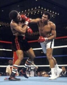 "Muhammad Ali vs Leon Spinks Las Vegas 1978 Photo (Size: 8"" x 10"")"