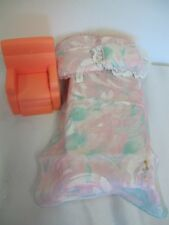 BARBIE  VINTAGE  FURNITURE PLATFORM BED WITH PILLOW BLANKET - CHAIR DREAM HOUSE