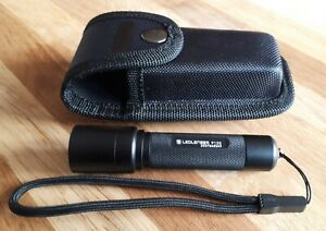 Taschenlampen-G/ürtelholster-Tragetaschenhalter f/ür tragbare Au/ßenbeleuchtung Hangarone Taschenlampenset 15x5,5 cm