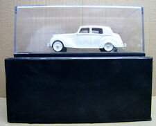 1/43 RESIN MODEL Rolls-Royce 1951 Silver Dawn (White)