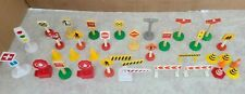 Kidkraft  Plastic Accessories for Wooden Train Play Se signs light poles 30+