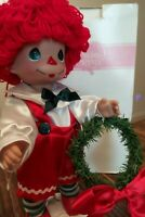 Precious Moments-Raggedy Ann & Andy & Stand Christmas Traditions Decor Doll