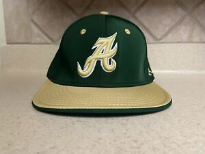 Under Armour Flat Bill Fitted XL  Green&Yellow Cap Hat A Logo NWOT