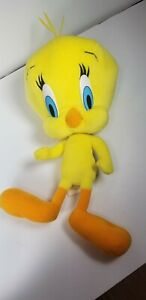 "Looney Tunes Show 17"" Yellow Tweety Bird Stuffed Plush Toy. GREAT CONDITION. D1"