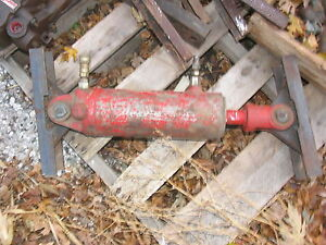 Hydraulic Cylinder For International IH Farmall   John Deere Ford Case Tractor