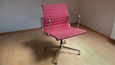 Vitra EA 107 Aluminium chair, Design Ray & Charles Eames 1958