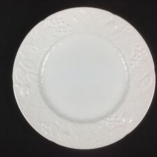 MIKASA ENGLISH COUNTRYSIDE WHITE 12 5/8 inch Chop Plate