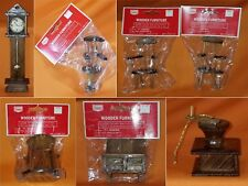 Lot of 7 Vintage Sears Wooden Dollhouse Furniture / Ornaments -71-93896 New&Used