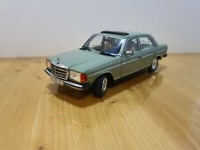 1:18 Revell    Mercedes Benz 240D    W123   in Grün