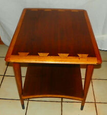 Mid Century Lane Acclaim End Table / Side Table  (T663)
