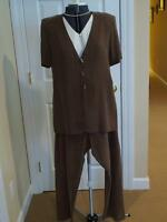 Women's R&M Richards Brown Pant Suit, Size 14, NWOT