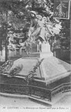 CP LOUVIERS MONUMENT AUX MORTS LL
