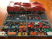 Red 1980 Lesney Matchbox 48 Car Shaped Dragster Carry Case + 34 Cars Hot Wheels