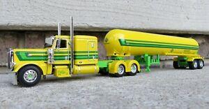 1/64 Diecast Promotions DCP 33338 Dale Barnes Model Peterbilt 389 Yellow