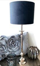 Tischlampe Lampenfuß silber Lampenschirm Samt Velour petrol blau, 54,5 cm