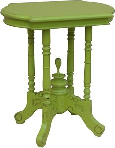 TRADE WINDS VICTORIAN SIDE TABLE TRADITIONAL ANTIQUE PAINTED APPLE GREEN