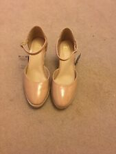 BNWT Ladiies M&S Size UK 7.5 Standard Fit Nude Wedges