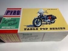 Pyro Model kit ref: M151-125 1/16 BSA Lightining Rocket motorcycle