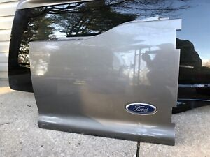 2000-2005 FORD EXCURSION REAR BARN DOOR RIGHT PASSENGER SIDE