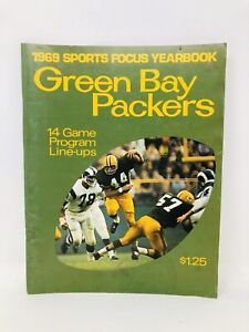 1969 GREEN BAY PACKERS SPORTS FOCUS YEARBOOK 14 GAME PROGRAM LINE-UPS