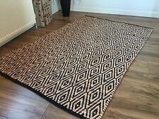 ❤️Black & Cream Diamond Recycled Fabric Rug 150cm x 210cm Flat Weave Hand Loomed