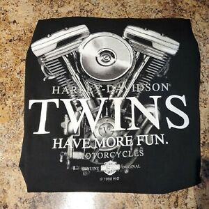 Vtg Harley Davidson Motorcycles Twins Have More Fun T Shirt Mens Sz L EUC 1998